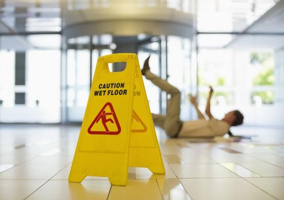 erreur 404 : chute sol glissant